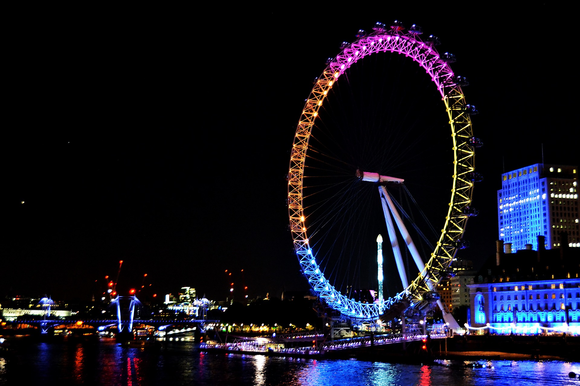 london-971560_1920